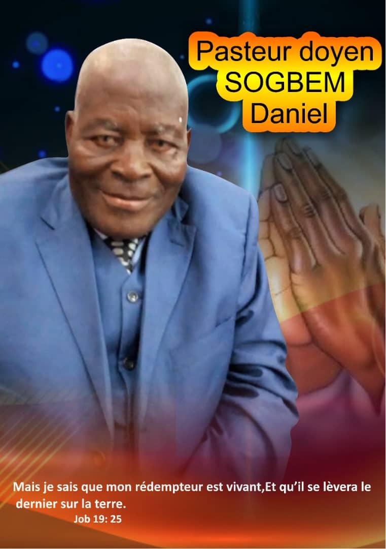 Obsèques du Pasteur Doyen SOGBEM DANIEL